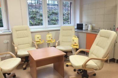 stolik, laktatory, fotele